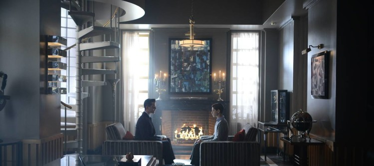 "GOTHAM: L-R: James Frain and David Mazouz in the ""Rise of the Villains: Tonight's the Night"" episode of GOTHAM airing Monday, Nov. 9 (8:00-9:00 PM ET/PT) on FOX. ©2015 Fox Broadcasting Co. Cr: Nicole Rivelli/FOX."