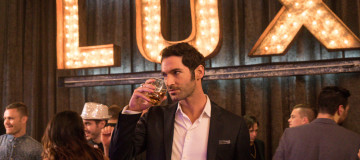 "LUCIFER: Tom Ellis in the ""Et Tu, Doctor"" episode of LUCIFER airing Monday, March 14 (9:00-10:00 PM ET/PT) on FOX. ©2016 Fox Broadcasting Co. CR: Liane Hentscher/FOX"