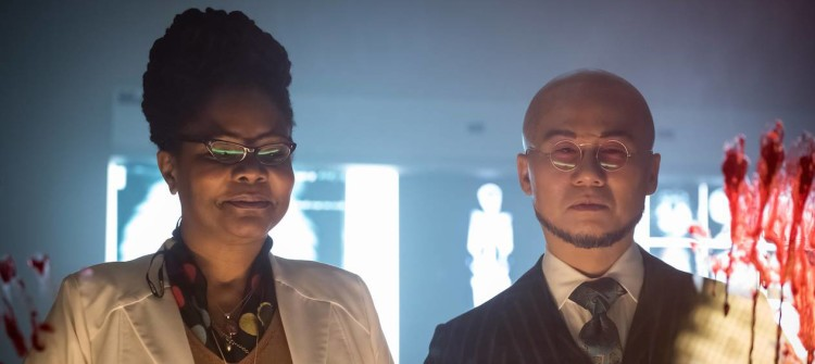 """GOTHAM: L-R:  Guest star Tonya Pinkins and BD Wong in the """"Wrath of the Villains: Azrael"""" episode of GOTHAM airing Monday, April, 25 (8:00-9:01 PM ET/PT) on FOX. ©2016 Fox Broadcasting Co. Cr: Jeff Neumann/FOX"""