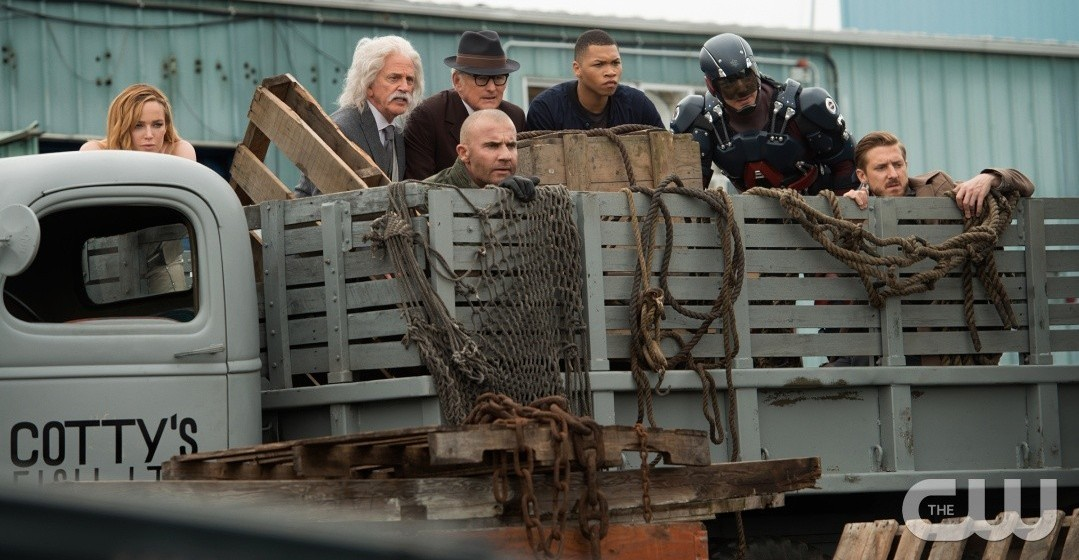 """DC's Legends of Tomorrow --""""Out Of Time""""-- Image LGN201A_0013R.jpg Pictured (L-R): Caity Lotz as Sara Lance/White Canary, John Rubinstein as Albert Einstein, Dominic Purcell as Mick Rory/Heat Wave, Victor Garber as Professor Martin Stein, Franz Drameh as Jefferson """"Jax"""" Jackson, Brandon Routh as Ray Palmer/Atom and Arthur Darvill as Rip Hunter -- Photo: Diyah Pera/The CW -- © 2016 The CW Network, LLC. All Rights Reserved."""