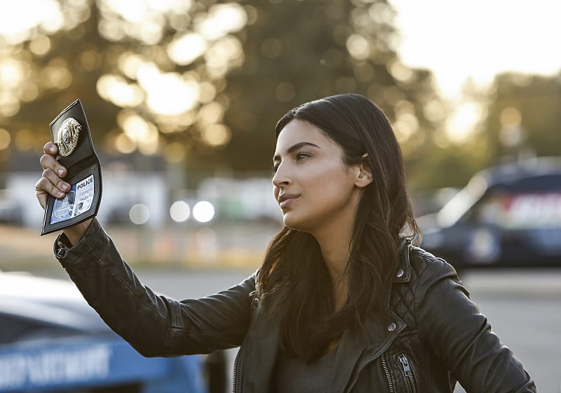"""Supergirl -- """"Welcome to Earth"""" -- Image SPG203b_0202 -- Pictured: Floriana Lima as Maggie Sawyer -- Photo: Bettina Strauss/The CW -- © 2016 The CW Network, LLC. All Rights Reserved"""