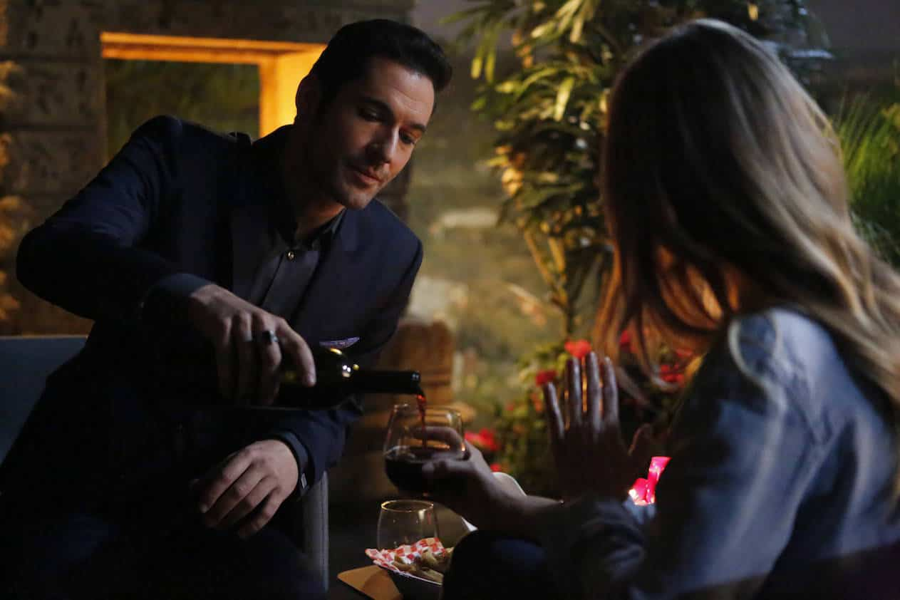 "LUCIFER: Tom Ellis in the ""Quid Pro Ho"" episode of LUCIFER airing Monday, Nov. 28 (9:01-10:00 PM ET/PT) on FOX. ©2016 Fox Broadcasting Co. Cr: Bettina Strauss/FOX."
