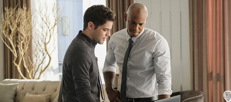 "Supergirl -- ""The Darkest Places"" -- Image SPG207b_0296 -- Pictured (L-R): Jeremy Jordan as Winn Schott and Mehcad Brooks as James Olsen -- Photo: Robert Falconer/The CW -- © 2016 The CW Network, LLC. All Rights Reserved"