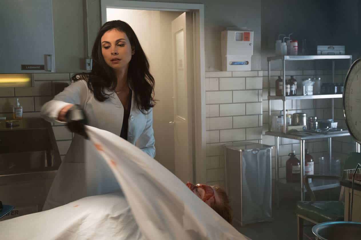 "GOTHAM: Morena Baccarin in the ""Mad City: Smile Like You Mean It"" episode of GOTHAM airing Monday, Jan. 23 (8:00-9:01 PM ET/PT) on FOX. Cr: Jessica Miglio/FOX."
