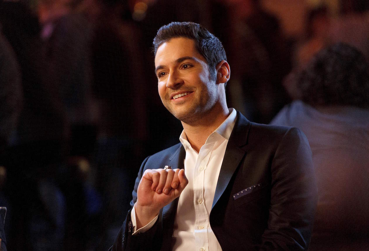 """LUCIFER: Tom Ellis in the """"Love Handles"""" episode of LUCIFER airing Monday, Jan. 23 (9:01-10:00 PM ET/PT) on FOX. ©2017 Fox Broadcasting Co. Cr: Michael Courtney/FOX."""