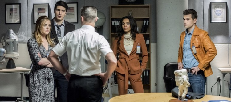"DC's Legends of Tomorrow --""Moonshot""-- LGN214a_0461b.jpg -- Pictured (L-R): Caity Lotz as Sara Lance/White Canary, Brandon Routh as Ray Palmer/Atom, Matthew MacCaull as Commander Steel, Maisie Richardson- Sellers as Amaya Jiwe/Vixen and Nick Zano as Nate Heywood/Steel -- Photo: Dean Buscher/The CW -- © 2017 The CW Network, LLC. All Rights Reserved."