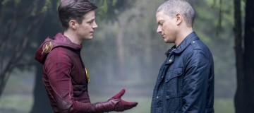 "The Flash -- ""Infantino Street"" -- FLA322b_0151b.jpg -- Pictured (L-R): Grant Gustin as Barry Allen and Wentworth Miller as Leonard Snart/Captain Cold -- Photo: Dean Buscher /The CW -- © 2017 The CW Network, LLC. All rights reserved."