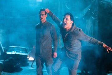 "GOTHAM: L-R: Cory Michael Smith and Robin Lord Taylor in the ""Heroes Rise: All Will Be Judged"" episode of GOTHAM airing Monday, May 22 (8:00-9:01 PM ET/PT) on FOX.  Cr: Jessica Miglio/FOX"