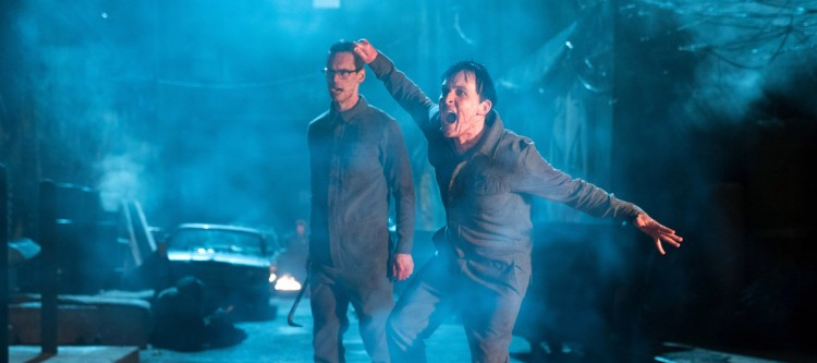 """GOTHAM: L-R: Cory Michael Smith and Robin Lord Taylor in the """"Heroes Rise: All Will Be Judged"""" episode of GOTHAM airing Monday, May 22 (8:00-9:01 PM ET/PT) on FOX.  Cr: Jessica Miglio/FOX"""